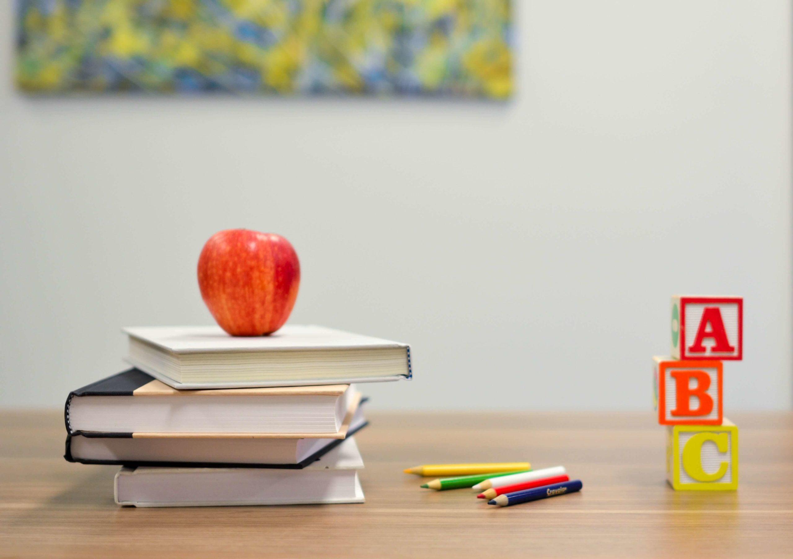 教員からの転職先 その2)学校がお世話になっている仕事